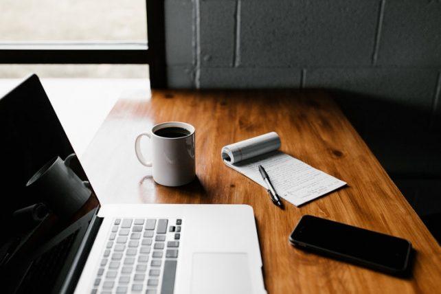 photo 1499750310107 5fef28a66643 - Freelancer? Veja como muitas pessoas estão trabalhando em casa.